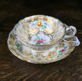Quality Minton cup & saucer, flowers pattern 3102, c. 1835-0