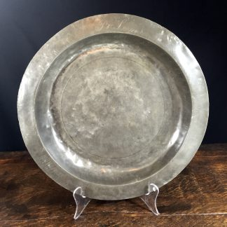 Large Continental pewter charger, 18th century -0