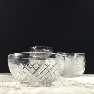 Cut glass finger bowl, 20th century -0
