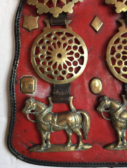Large Victorian horse brass, 7 on red ground, 19th century-14231