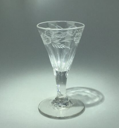 Georgian wine glass with engraved petal moulded bowl, C. 1790 -14546