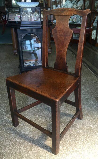 Country elm chair, vase shape splat, c.1800-14740
