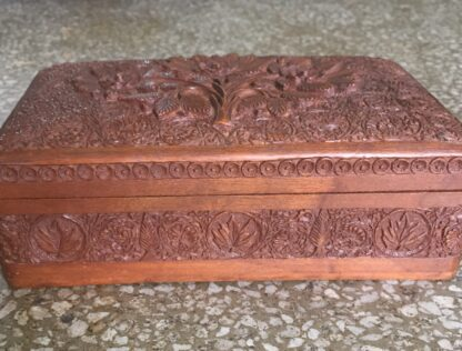 Indian box carved with flowers, early 20th c.-14934
