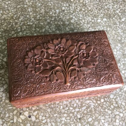 Indian box carved with flowers, early 20th c.-0