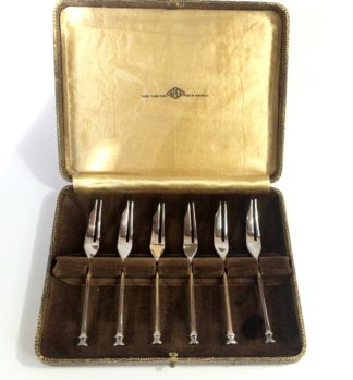 Boxed set of Australian plated cake forks -0