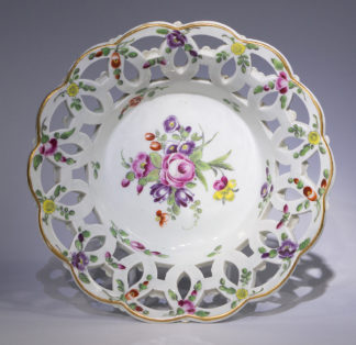 Worcester polychrome basket, flower sprays, c.1770-0