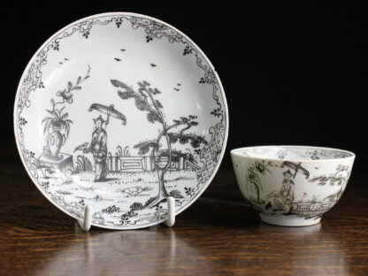 Worcester 'pencilled' pattern Chinoiserie teabowl & saucer, c. 1760-0