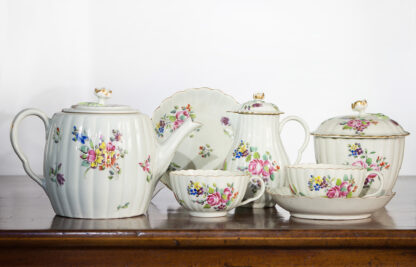 Worcester part tea service, fluted form with flowers, c. 1775-0