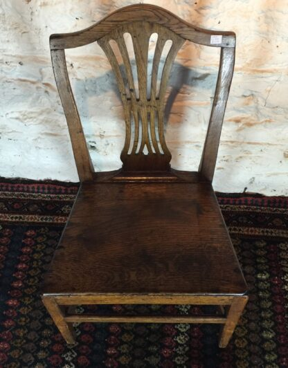 Country Hepplewhite oak chair, c.1800-15321