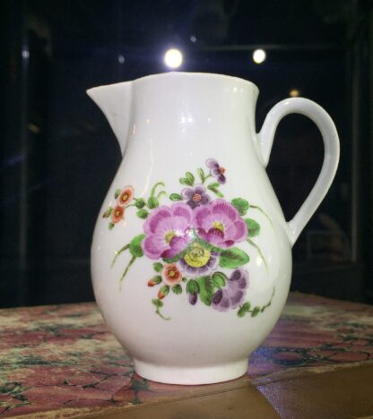 Worcester sparrowbeak jug, flower pattern, c. 1770-0