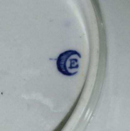 Worcester teabowl & saucer, 'Three Flowers' pattern, rare 'E' mark, c. 1775-15660