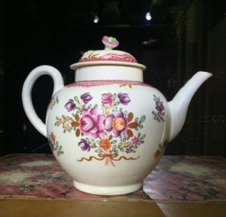 Worcester teapot, Chinese Export type flowers, c. 1775-0