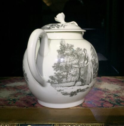 Worcester teapot printed with 'Maid and Page' pattern, c. 1760-15901
