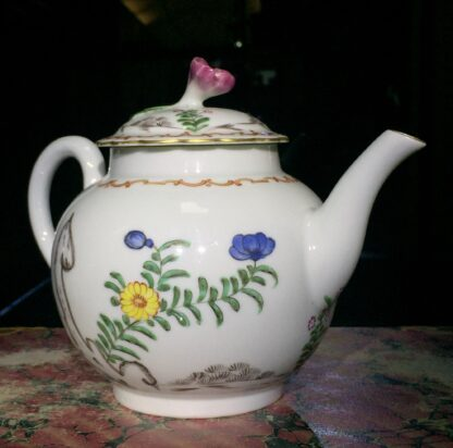 Worcester teapot with 'Pencilled Quail' pattern, c. 1778-15904