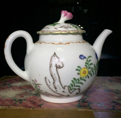 Worcester teapot with 'Pencilled Quail' pattern, c. 1778-15905