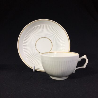 Worcester cup & saucer, fluted with simple gilt dec c.1770-0