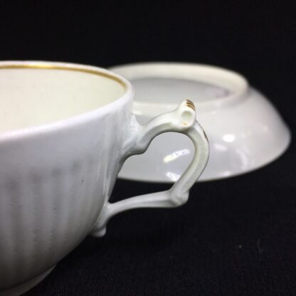 Worcester cup & saucer, fluted with simple gilt dec c.1770-25600
