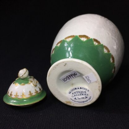 Worcester tea canister, fine moulding with green bands, c. 1775-25631