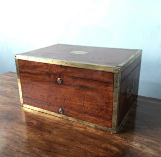 Major-General Sir Peregrine Maitland's mahogany document box, c.1825-0