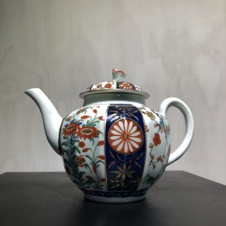 Worcester Queens Pattern Teapot c.1770