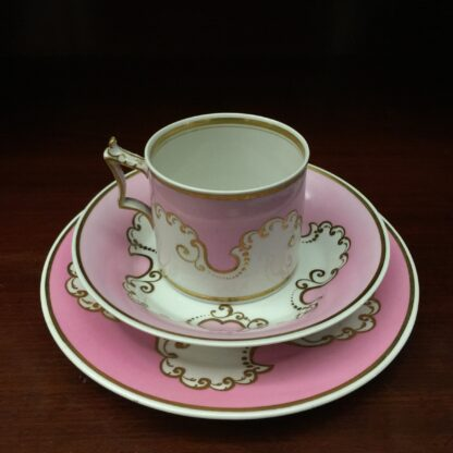 Flight Barr & Barr coffee can, saucer & a plate, c.1835-0