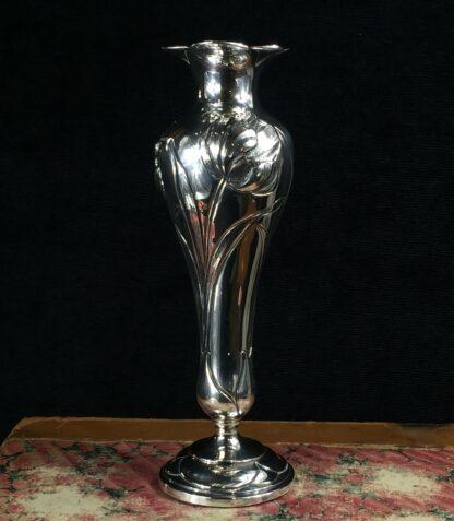 Art Nouveau sterling silver vase with tulips, Henry Wilkinson, Sheffield 1903-16524