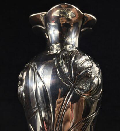 Art Nouveau sterling silver vase with tulips, Henry Wilkinson, Sheffield 1903-16531