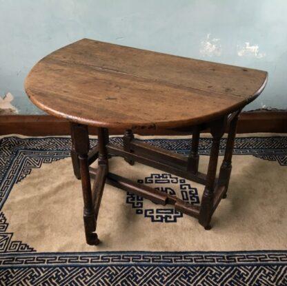 Oak gateleg table, single drawer, early 18th century. -24828