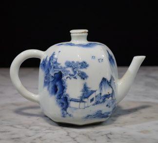 Japanese Hirado porcelain wine pot C.1750