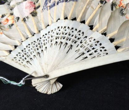 Chinese feather fan with painted scenes, C. 1830-20283