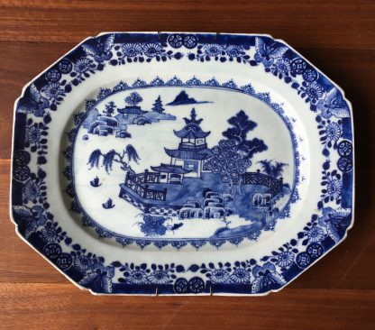Chinese Export serving dish, river landscape, circa 1750-0