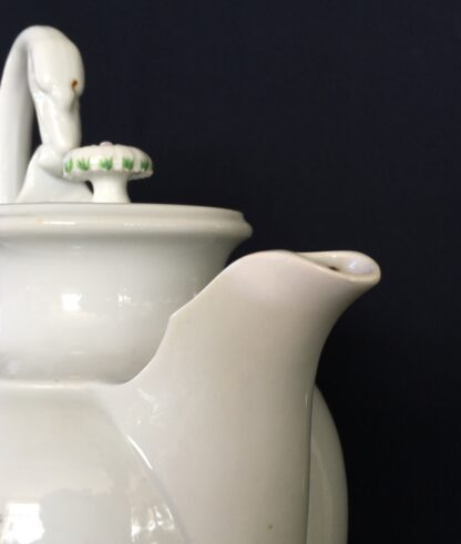 Meissen coffee pot with rose pattern, 19th century -18752