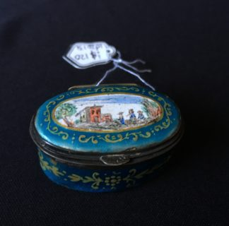 Patch box with scene, 20th century-0