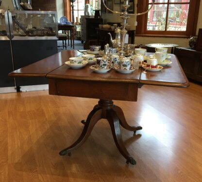 Georgian mahogany Pembroke table, lions paw feet, c.1810-21185
