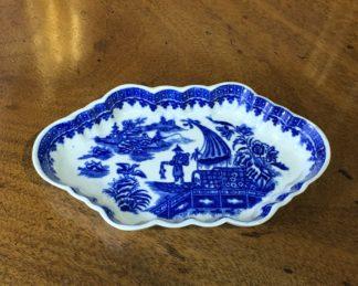 Worcester spoon tray, fisherman pattern, c.1780-0