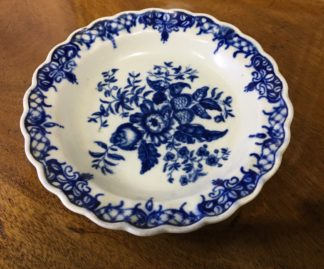 Worcester small plate, 'Pinecone' Pattern, circa 1770 -0