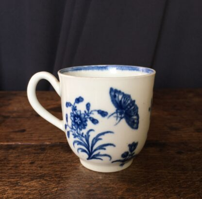 Worcester coffee cup 'three flowers' pattern, C. 1775 -0