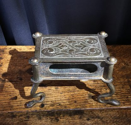 Bronze stand with snake feet, 18th century or earlier-0