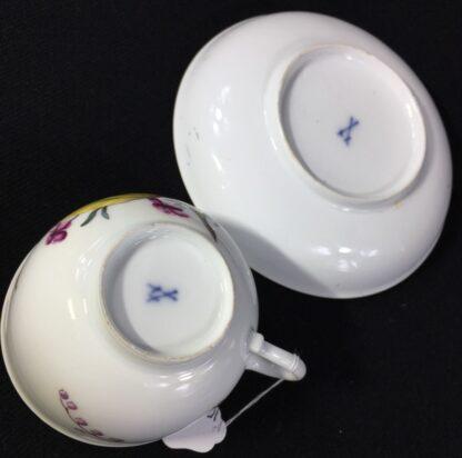 Meissen cup & saucer, deutschblumen flowers, c. 1740-25561
