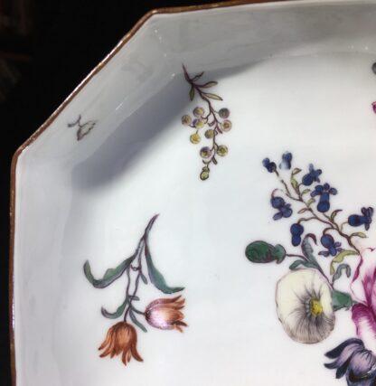 Meissen octagonal dish, deutschblumen flower groups, c. 1740-25544