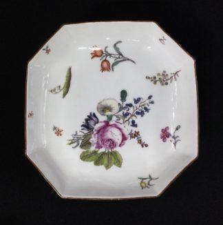 Meissen octagonal dish, deutschblumen flower groups, c. 1740-0