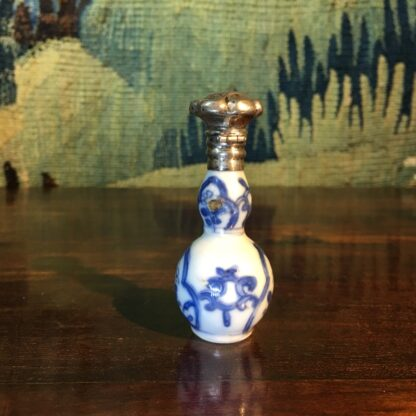 Chinese porcelain miniature vase, silver mounted as a perfume, c.1700-28826