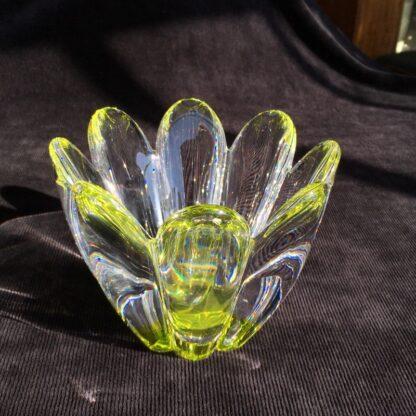 Orrefors Swedish glass 'daisy' bowl, mid 20th century -26076