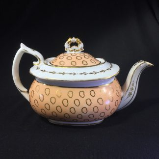 Chamberlains teapot with fawn & gold pattern 611, C. 1815 -0