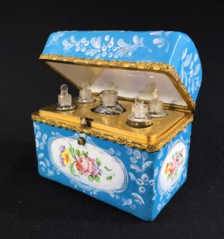 English blue enamel scent bottle casket, 5 bottles, circa 1785 -0