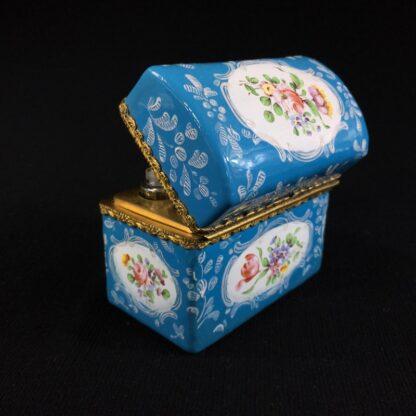 English blue enamel scent bottle casket, 5 bottles, circa 1785 -26007