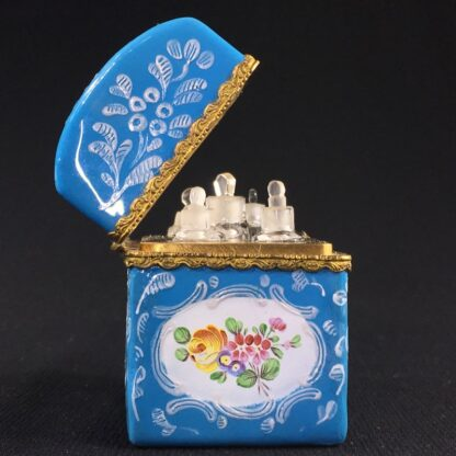 English blue enamel scent bottle casket, 5 bottles, circa 1785 -26011
