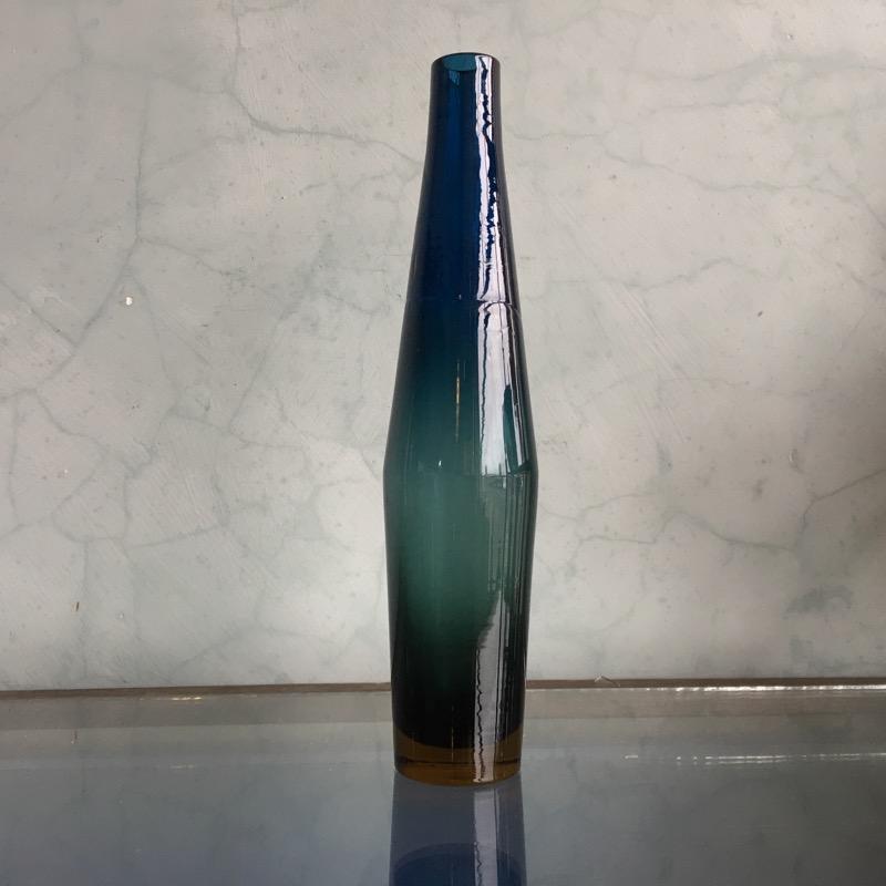 Swedish Art Glass Vase Mid 20th Century Moorabool Antiques Galleries