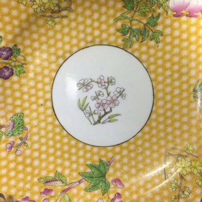 Wedgwood bone china plate, 'honeycomb' & flowers, c.1815 -27159