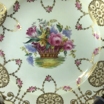 Copeland Spode plate, basket of flowers, early 20th century -27164